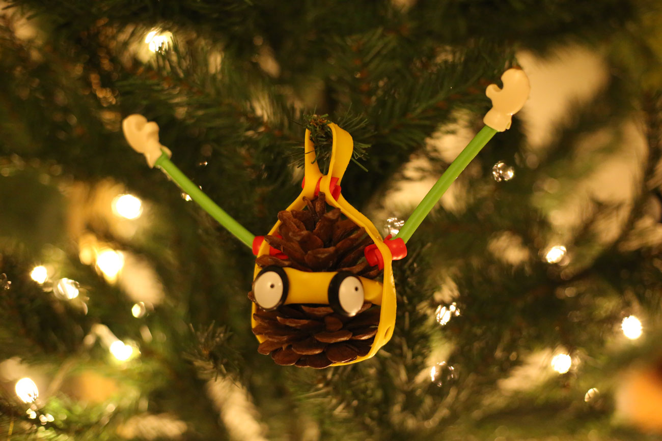 How to decorate your Christmas tree with Toyi?